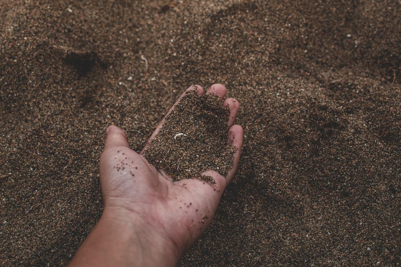 Какво въздействие оказва земеделието върху почвата?